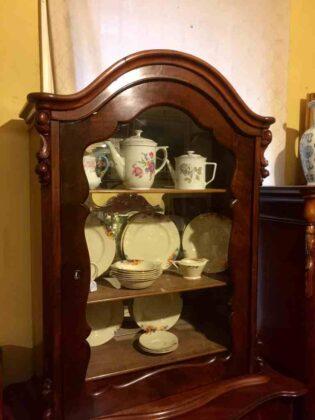 Antique_dutch_mahogany_cabinet_circa_1880
