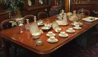 Antique Dining Tables & Antique Chairs
